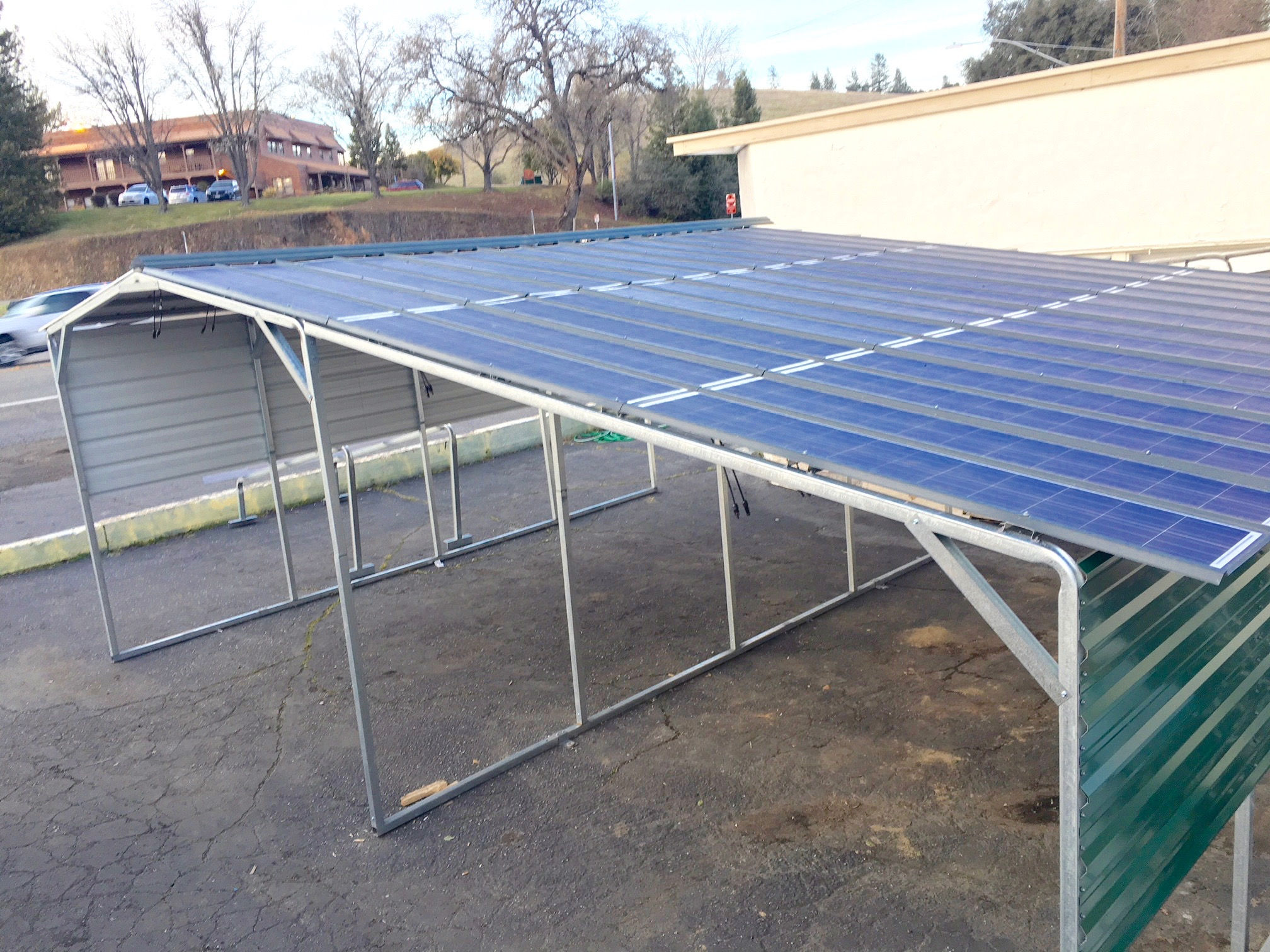 Off Grid Solar Carport : Sunnycal solar provides carport for homes and businesses