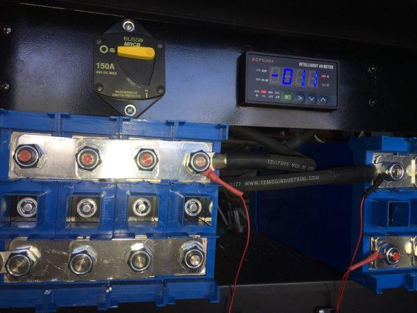 Lithium batter voltmeter and breaker