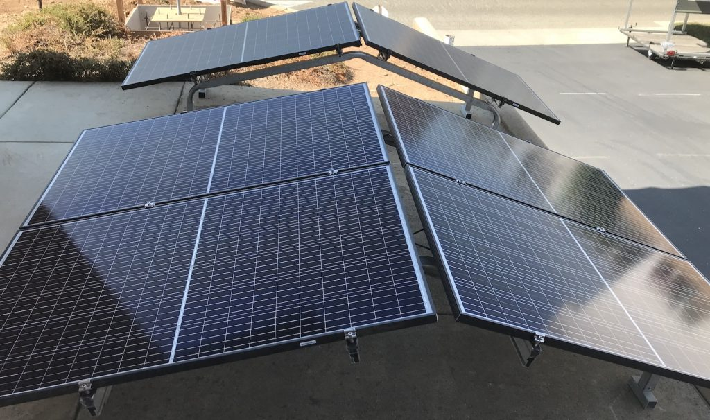 Solar-To-Go 2 and 4 module arrays